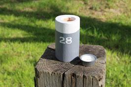"""Teelichthalter aus Holz mit Teelicht, Poller, Aufdruck """"28"""", Nr. 1"""