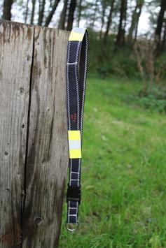 Schlüsselband, schwarz/dunkelblau, gelb, Reflektorstreifen