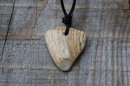 Halskette mit einer Muschel als Anhänger, Nr. 3
