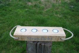 """Teelichthalter aus Holz mit Teelichtern, Seil und dem Schriftzug """"Strandlicht"""", Nr. 3"""