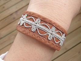 Samisk armband / サーミ族のピューター刺繍ブレスレットB-3