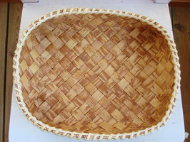 Brödfat av näver 白樺のパンかご