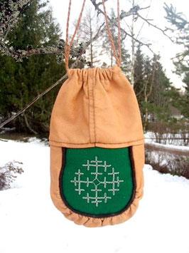Samisk kaffepåse med tennbroderi / サーミ族のトナカイ革のコーヒー袋