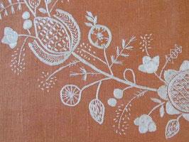 broderad linenduk blomkrams / 花刺繍のリネンクロス