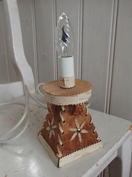 lampfot av näver / 白樺のランプスタンド