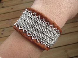 Samisk armband / サーミ族のピューター刺繍ブレスレットA-3
