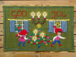 """Broderade julvepa """"GOD JUL"""" / 刺繍タペストリー「メリークリスマス」"""
