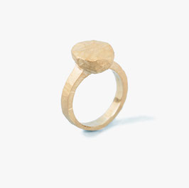 Coco's fake pearl's Ring