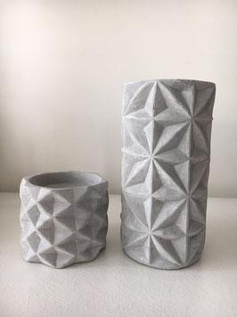 Beton kerzenhalter in zwei Größen
