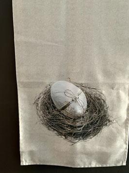 Tischläufer Ostern Ei im Nest natur Ostertischdeko