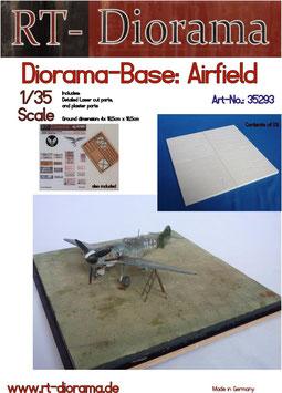 "Diorama-Base:  ""Airfield"""