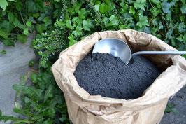 Bionika Terra-Preta Kohle Kompoststarter 20 Liter ( Einstreu)