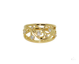 18ct Yellow Gold wide tapered diamond ring