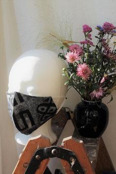 Mundbedeckung/Behelfsmaske schwarze Batik