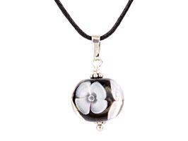 Anhängerchen Blütenzauber schwarz weiß