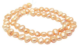 Süßwasserperlen Nuggets mit rosa Schimmer ~6-8 mm Perlen Strang