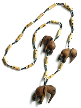 Elefanten Halskette aus Afrika / Namibia - reine Handarbeit (Sozialprojekt)