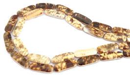 Amethyst Olivenschnecke lange Rechtecke 28x9mm zwei Farbvarianten - Strang