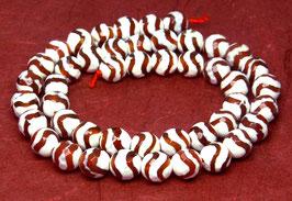 Achat DZI Beads facettierte Kugeln weiß-rot mit Wellenmuster 8 mm - Strang