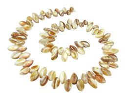 Süßwassermuschel seitlich gebohrte Oliven Perlen ~10x5 mm - Strang