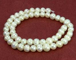 """Süßwasserperlen """"weiße Kartoffeln"""" Perlen ca. 8-10 mm (breitseits gebohrt) - Strang"""