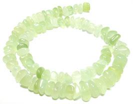 China Jade (Serpentin) Nuggets ca. 10x4-7 mm - Strang