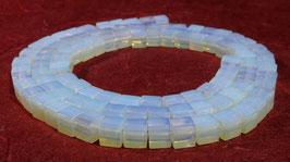 Opalith / Opal-Glas Perlen Würfel 4 mm – Strang