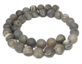 Drusenachat matt anthrazit-graue Kugeln z.T. mit Kristallen 10 mm Achat - Strang