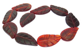 "Rotes Horn große ""Blätter"" ca. 43-45 mm - Hornperlen Strang mit Blatt-Gravur"