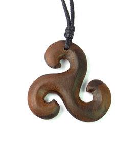 """Triskele - Anhänger """"Spirale des Lebens"""" keltisches Symbol aus Holz"""