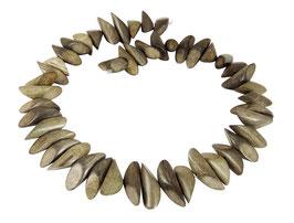 """Indisches Silbergrauholz """"twin cut"""" Hölzchen ca. 24-26x9 mm - Strang"""