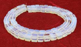 Opalith / Opal-Glas Perlen Würfel 6 mm – Strang