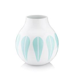 Vase, Lotusblätter mint von Lucie Kaas