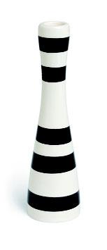 Kerzenhalter schwarz, Omaggio von Kähler