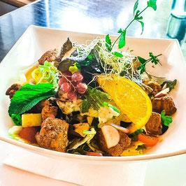 Salatbowl mit Tandoori-Poulet