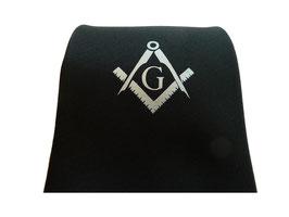 Cravate maçonnique noire avec Equerre & Compas et G