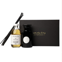Oud Room Diffuser With Black Reeds  250ml