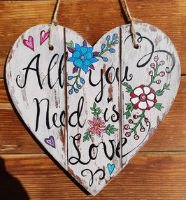 All you need is Love; Herz klein