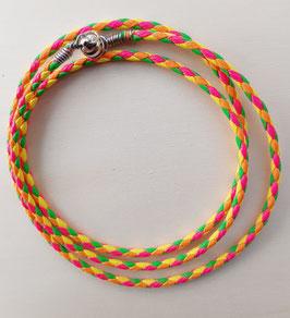 Geflochtenes neonfarbenes Armband