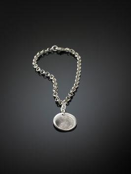 Silberarmband mit einem personalisierten-Charm in Feinsilber