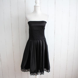 Kleid no Name Gr. 40