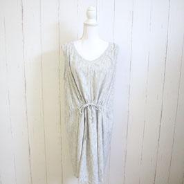 Kleid Authentic Gr. 50