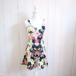Kleid von ginatricot Gr. XS