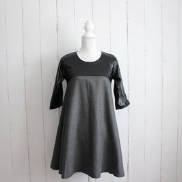 Kleid von Megi Gr: M