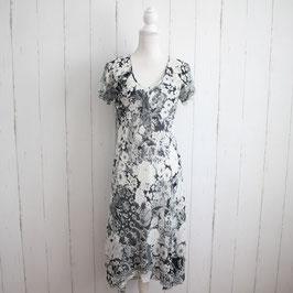 Kleid von Kingsfield Gr. 40