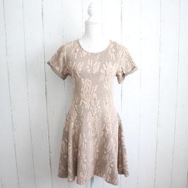 Kleid von River Island Gr. 40