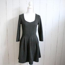 Kleid von reserved Gr. L