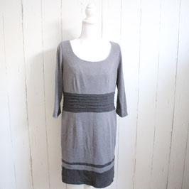 Kleid von C.K.M Gr. 42