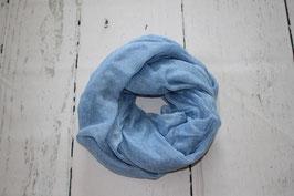 Blau- weiß gepunktetes Tuch