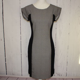 Kleid von Pretty Girl Gr. L